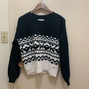 hollister patterned sweater size XS